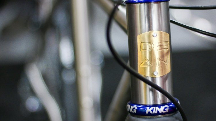 Dean's new $1200 Antero cyclocross frame features a 44mm head tube and handsome head badge. © Cyclocross Magazine