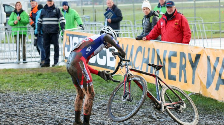 Laurens Sweeck crashed out while riding in the top 10. 2015 Koksijde World Cup Men. © A. Reimann / Cyclocross Magazine