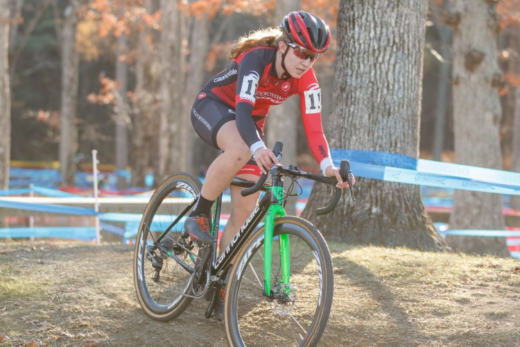 Emma White took control of the race early on. © Todd Prekaski