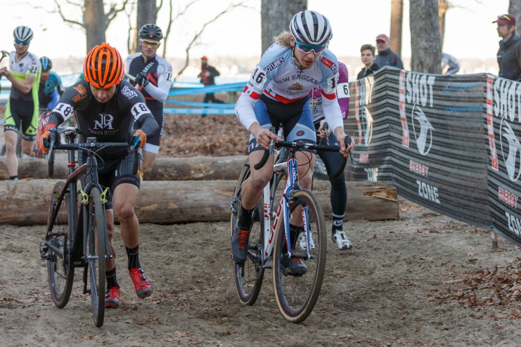 Smith, hopping the logs in the U23 Series leader's jersey. © Todd Prekaski