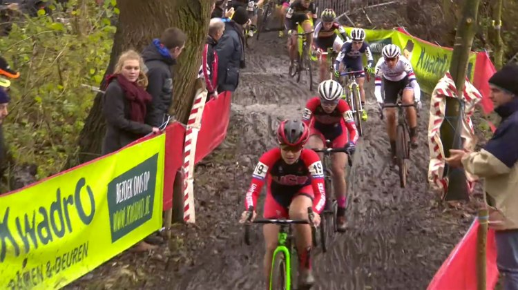 Emma White and Ellen Noble drove the pace early in the Flandriencross Elite Women's race.