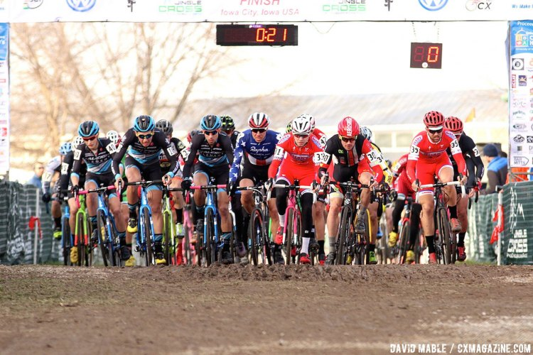 No strangers to the start of a World Cup, Jeremy Powers and Logan Owen accelerate from the line at Jingle Cross. © David Mable