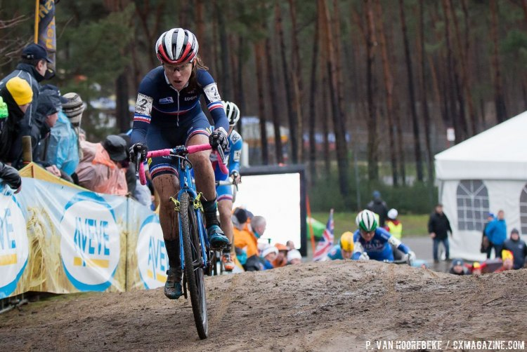 Caroline Mani represented France well with a strong finish to take silver. © Pieter Van Hoorebeke / Cyclocross Magazine