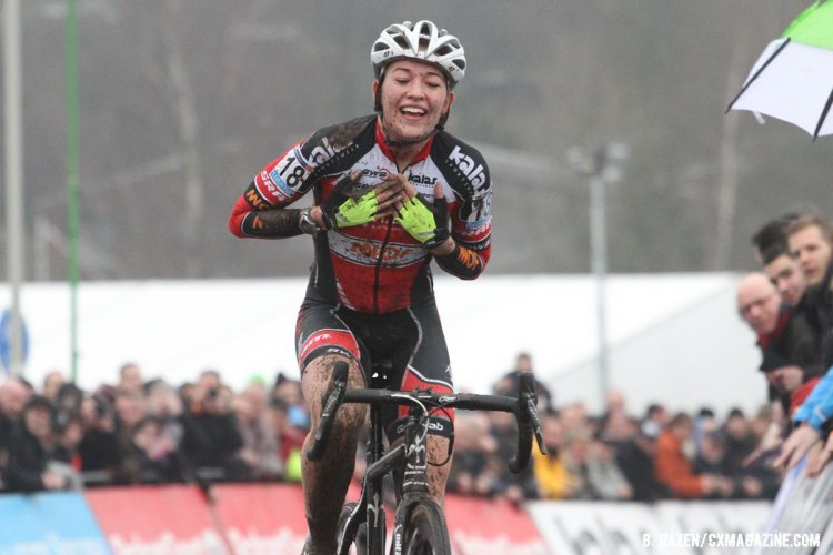 Sophie de Boer was overjoyed with her win at Hoogerheide. © Bart Hazen