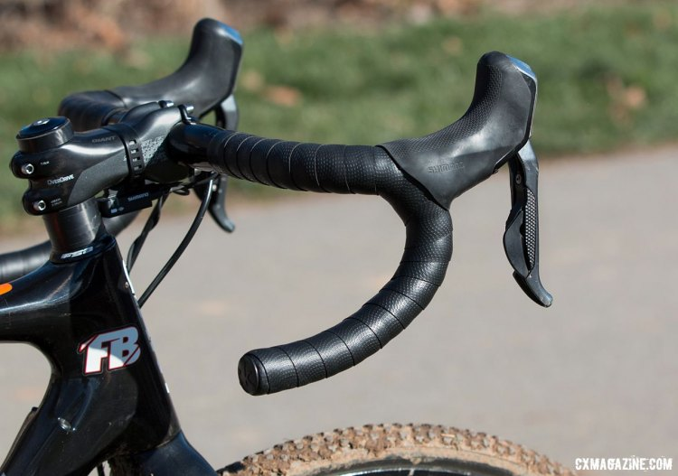 Cables were ditched in favor of electronic shifting and hydraulic brakes. © Cyclocross Magazine