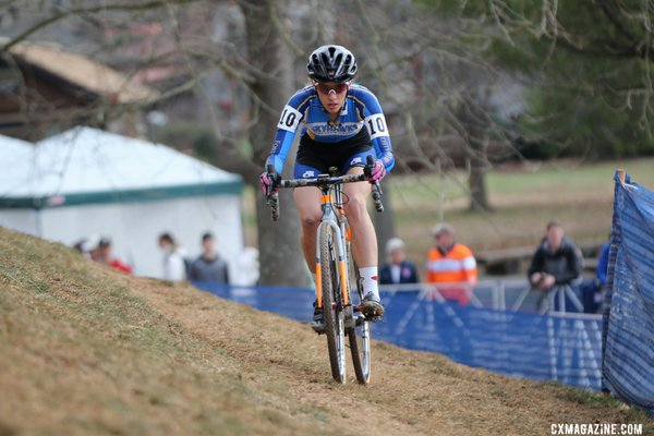 Sofia Gomez Vllafane on her way to the Womne's Collegiate D1 title, 2016 Cyclocross National Championships. © Cyclocross Magazine