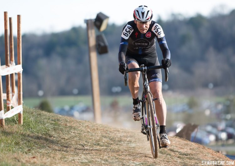 Fred Wittwer in command of the Masters 65-69. © Cyclocross Magazine