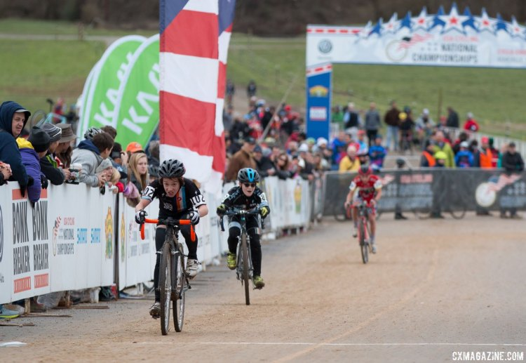 Adrian Magun guts it out to finish second. Junior Men 11-12, 2016 Cyclocross National Championships. © Cyclocross Magazine