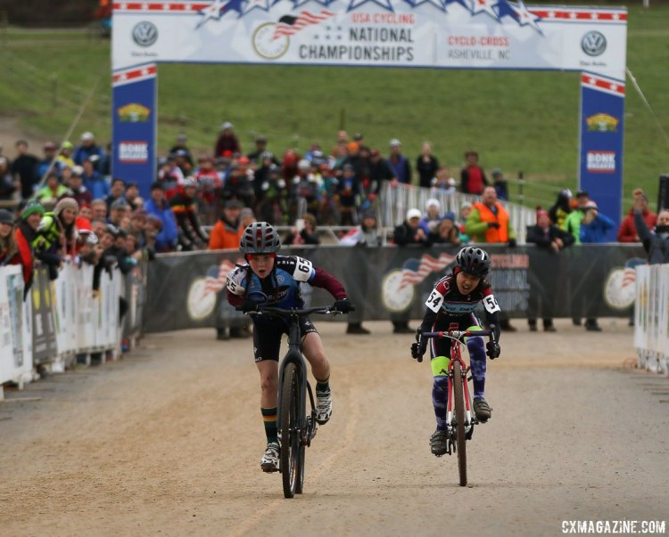 The sprint of the day: Kaya Musgrave and Keren Bennett. Junior Women 11-12, 2016 Cyclocross National Championships. © Cyclocross Magazine
