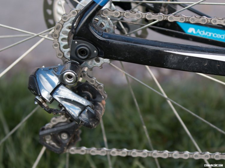 The Ultegra Di2 rear derailluer doubles as a chain tensioner for singlespeed duties. © Cyclocross Magazine