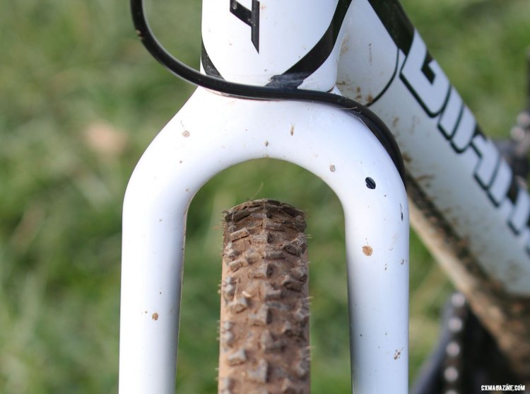 Plenty of clearance in case of mud, but the Men's Singlespeed race saw mostly dry, fast conditions. © Cyclocross Magazine