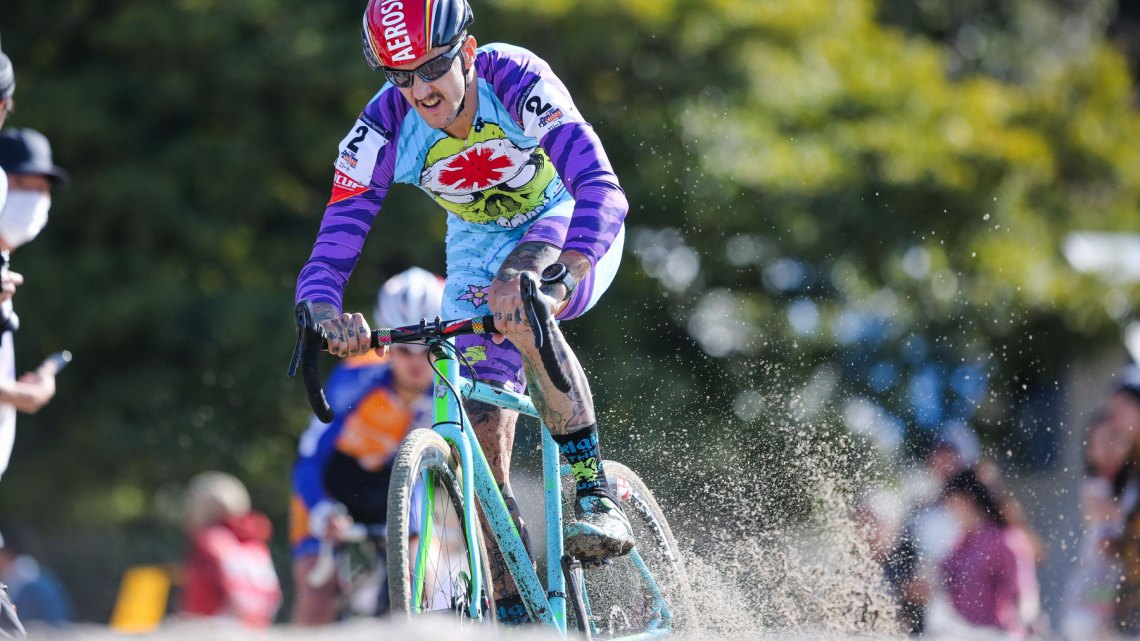 Ben Berden on his way to fourth place. 2016 Cyclocross Toko © Kei Tsuji