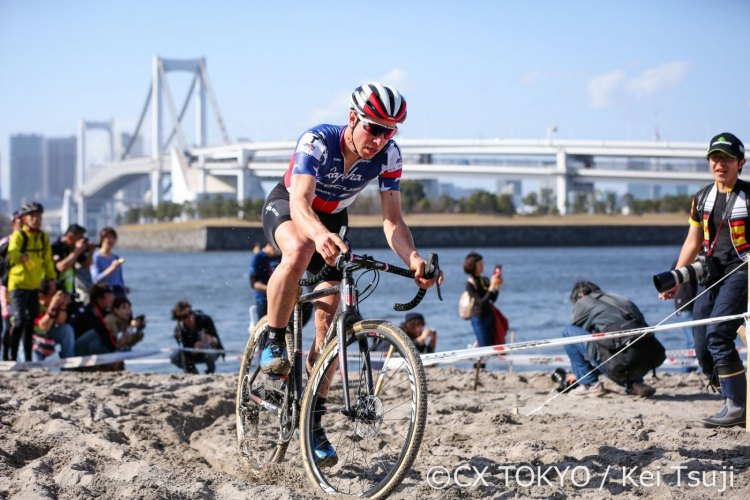 High temperatures seemed to effect Jeremy Powers during the first half of the race. © CX Tokyo / Kei Tsuji