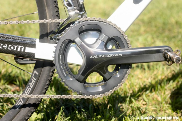 The inclusion of the Shimano Ultegra crankset is a nice touch to keep the drivetrain weight down. © Andrew Reimann / Cyclocross Magazine