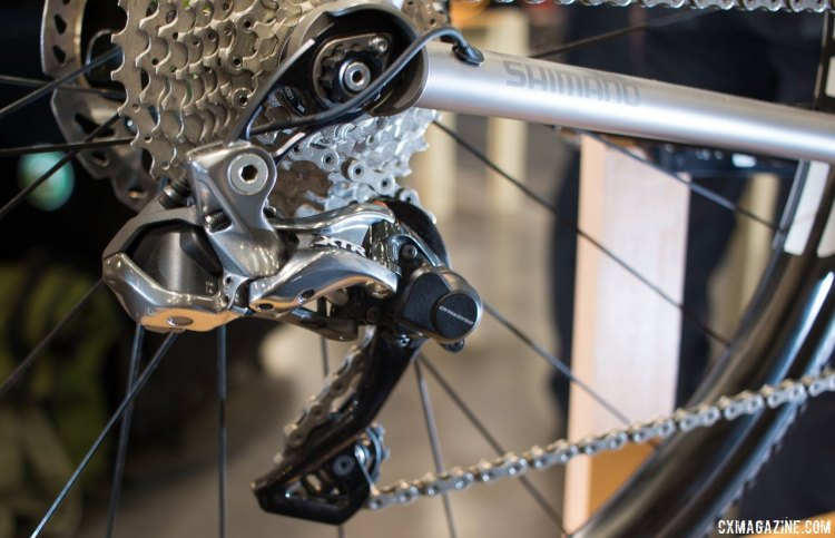 A custom Direct Mount-specific hanger and XTR Di2/Dura-Ace/R785 levers drivetrain are some nice touches that separate this XT1 from production cyclocross bikes. The right STI shifter handles both up and down shifts, while the left shifter also allows downshifts. NAHBS 2016. © Cyclocross Magazine