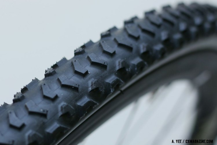 Like the old Michelin Mud, the Clement Bos sports big knobs. © Andrew Yee / Cyclocross Magazine