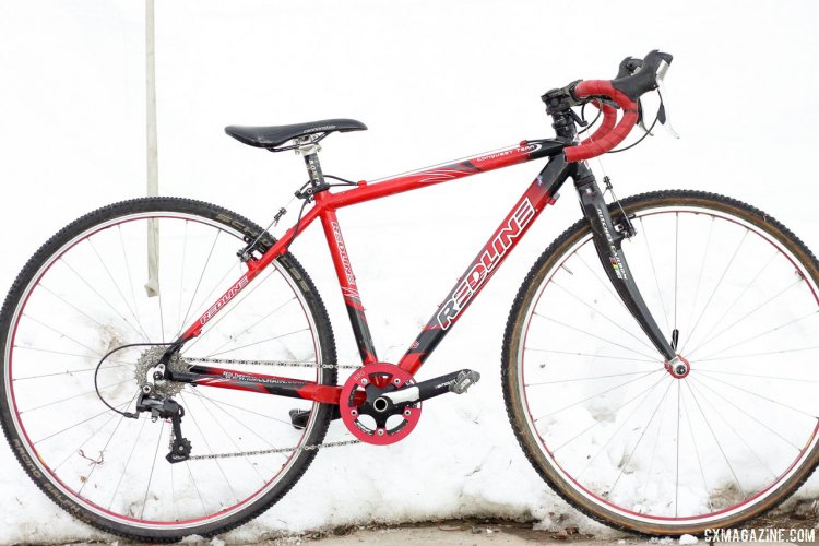 Many cyclocross racers have gotten their winning start on Redline Conquest bikes, including Logan Owen and Paul Haley. 2014 Junior 9-10 Men's winner Paul Haley's Redline Conquest Team. © Cyclocross Magazine