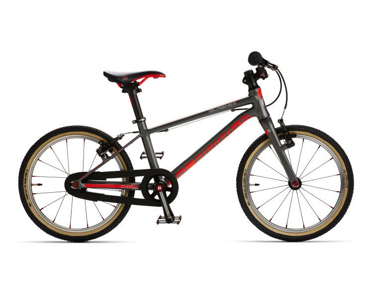 Cnoc 16 Pro Series kids' bike. Photo courtesy Islabikes.