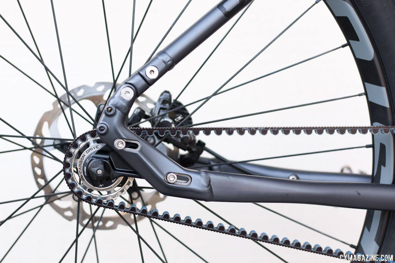 Adjustable Dropouts On The 44cm Chainstays Vary The Length By 1 5