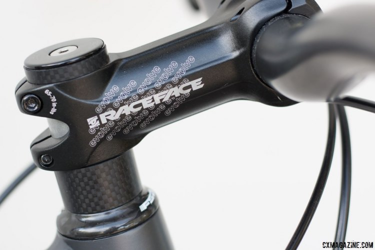 Raceface Evolve alloy stem handles steering on the Coastline Cycle Co. The One SSRX 650b bike. © Cyclocross Magazine