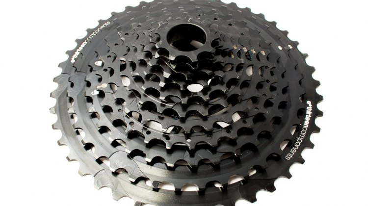 The E*Thirteen TRS+ 9-44 cassette. ©️ Cyclocross Magazine