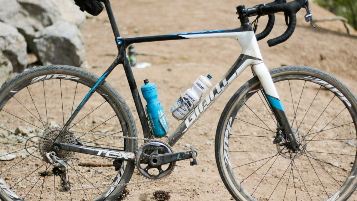 Carl Decker's Giant TCX Advanced cyclocross bike, as raced at the 2016 Lost & Found gravel race. ©️ Cyclocross Magazine
