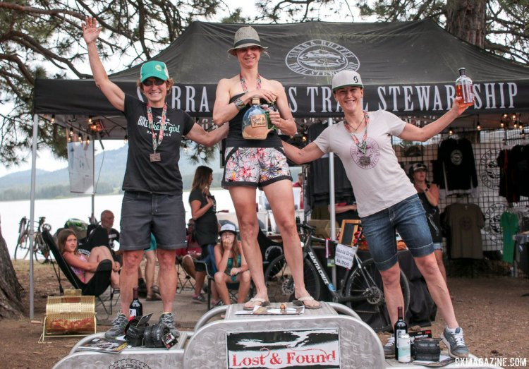 Robin Farina defended her title over Julie Young and Olivia Dillon. 2016 Lost and Found Gravel Race. © Cyclocross Magazine