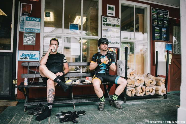 Lunch stop at Craftsbury. Local PB&Maple sandwiches, coffee and seltzer were provided. © Chris McIntosh / Cyclocross Magazine