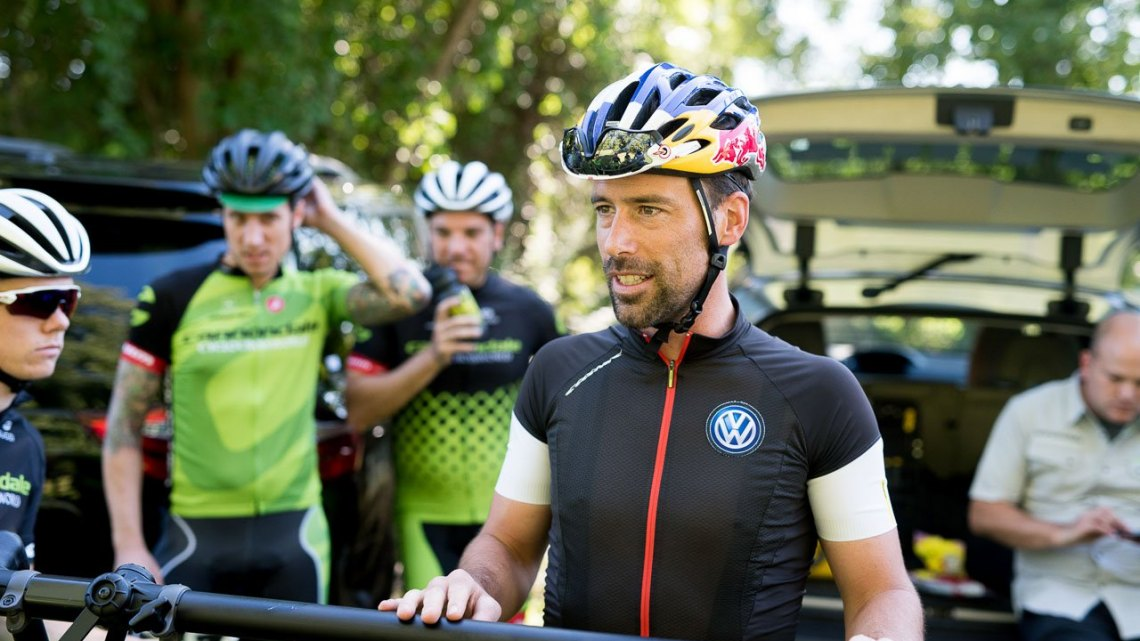 Tim Johnson giving the team a pep talk before teaching clinics at the Pawling Cycle race. © Chris McIntosh / Cyclocross Magazine
