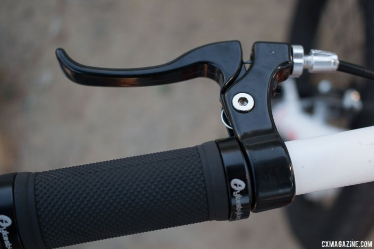 Reach-adjustable brake levers are a nice touch. Stampede Bikes (TykesBykes) Sprinter 16 in review. © Cyclocross Magazine