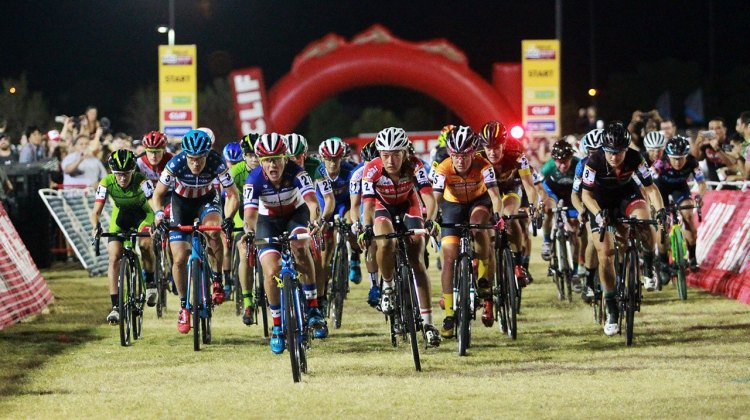Elite women's start. Mani explodes off the line to lead into the first corner. Cross Vegas 2016. © Cathy Fegan-Kim / Cyclocross Magazine