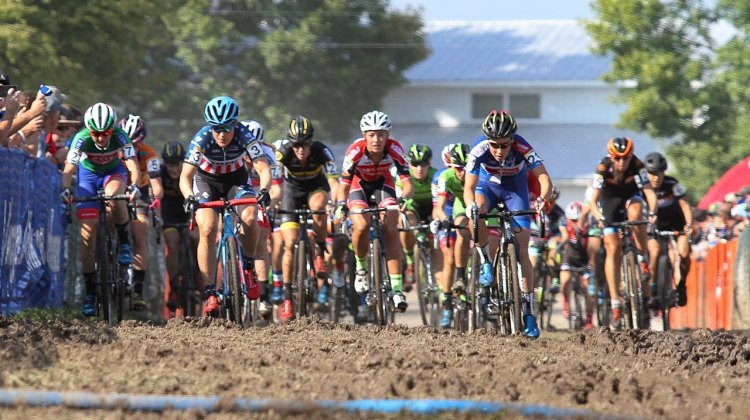 JingleCross 2016 Elite Women hit the mud on lap one. © D. Mable / Cyclocross Magazine