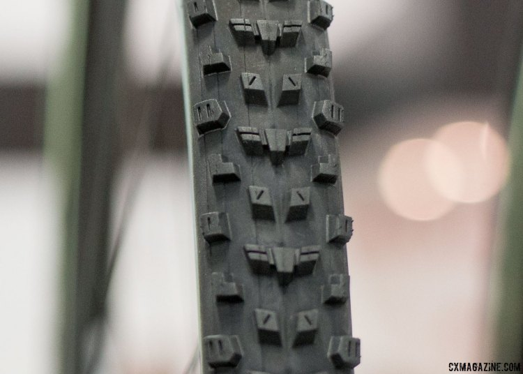 The new Maxxis All Terrane looks like an aggro Grifo, with tall, squared-off knobs. 60 and 120 tpi options, 395 and 375 grams. Tubeless with a carbon bead. Maxxis cyclocross and gravel tires. Interbike 2016 © Cyclocross Magazine