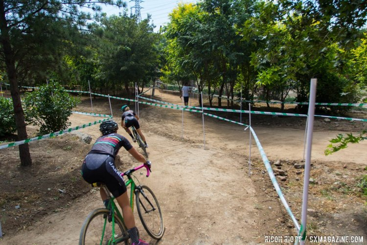 Hard-packed dirt makes for a fast, fun course at the Qiansen Trophy Cyclocross Race #2 in Fengtai Changxindian. © R. Riott / Cyclocross Magazine