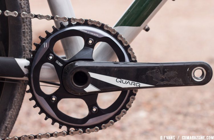 The Jari comes with a Quarq Prime carbon crank, so customers who want to know their wattage have the option to purchase a Quarq power meter spider instead of an entire crank. © Cyclocross Magazine