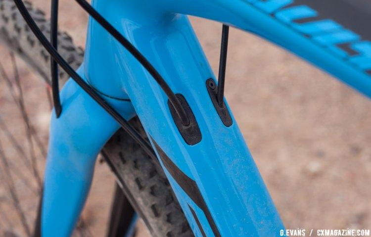 Modular cable stops will keep the frame free of holes should riders choose to switch to a one-by drivetrain © Cyclocross Magazine