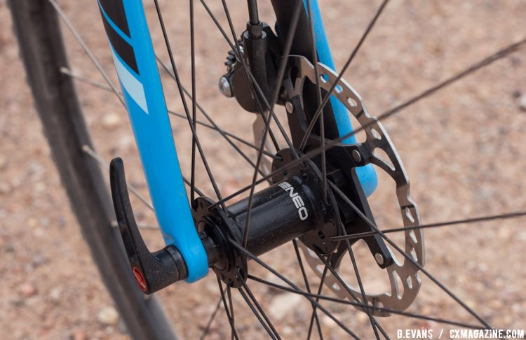 The Vault features 12mm thru-axles front and rear with 142 spacing out back. © Cyclocross Magazine