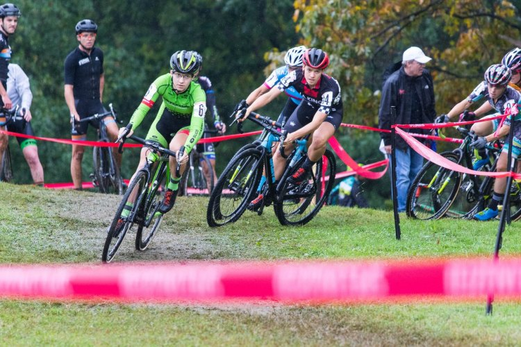 Emma White started fast, leading out Allison Arensman and held on to third behind the two cyclocross legends in Compton and Wyman. 2016 Charm City Day 1. Elite Women. © Ricoh Riott