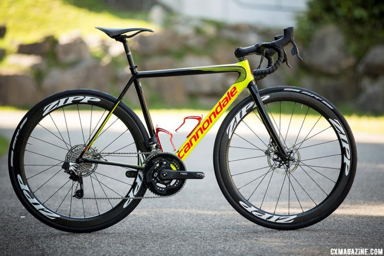 Cannondale SuperSix EVO equipped with SRAM's RED eTap WiFli © Victor Lucas