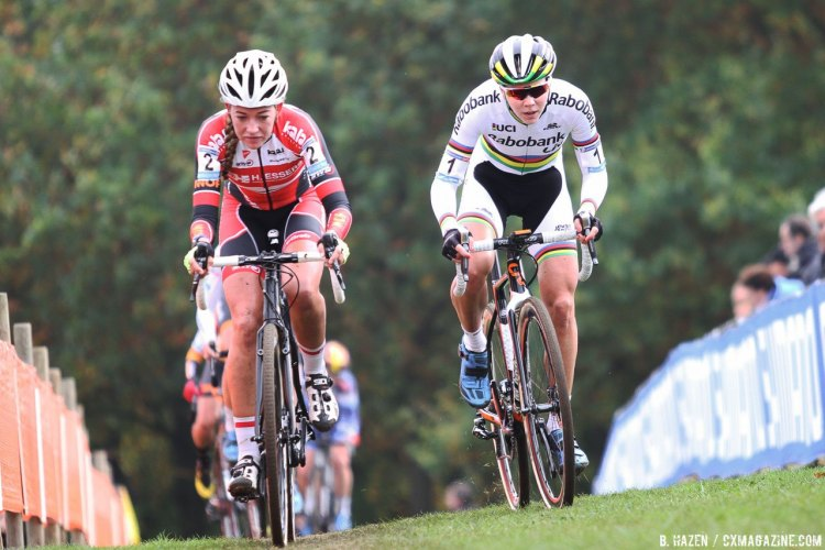 World Champ Thalita de Jong and Sophie de Boer used their strengths to take turns at the front of the 2016 Valkenburg Cyclocross World Cup Elite Women. © B. Hazen / Cyclocross Magazine