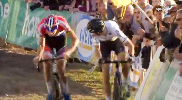 One look back too many by Wout van Aert, as van der Poel sprints by. 2016 Superprestige Zonhoven Elite Men