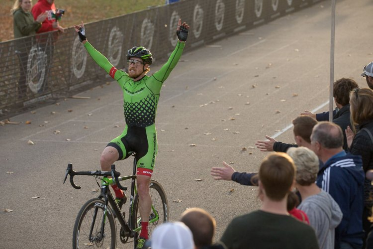 Stephen Hyde wins his third Derby City Cup Cyclocross race in a row. © Wil Matthews