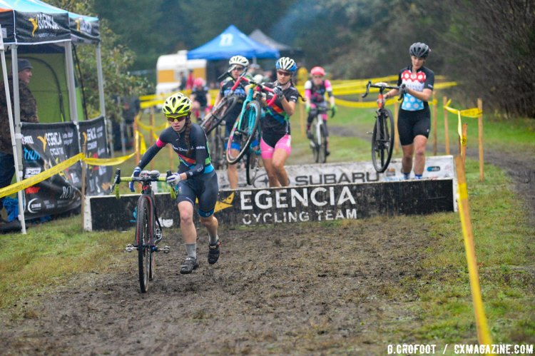 Women racers navigate the barriers at the North 40 CX. © Geoffrey Crofoot