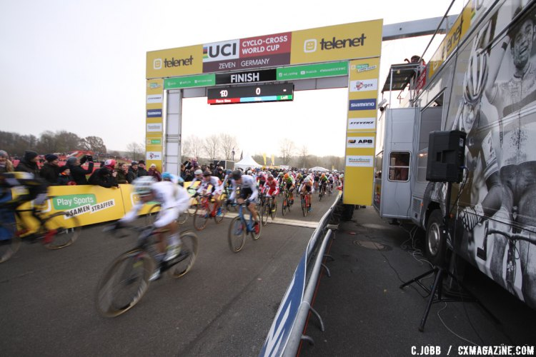 A shot of the start/finish line during the Elite Men's race at the 2016 Zeven World Cup. © C. Jobb / Cyclocross Magazine
