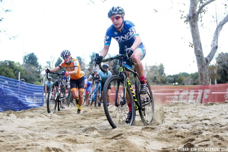 Melinda McCutcheon attacked the sand at 2016 CXLA Cyclocross Day 1 and would finish fifth. © C. Fegan Kim. Cyclocross Magazine
