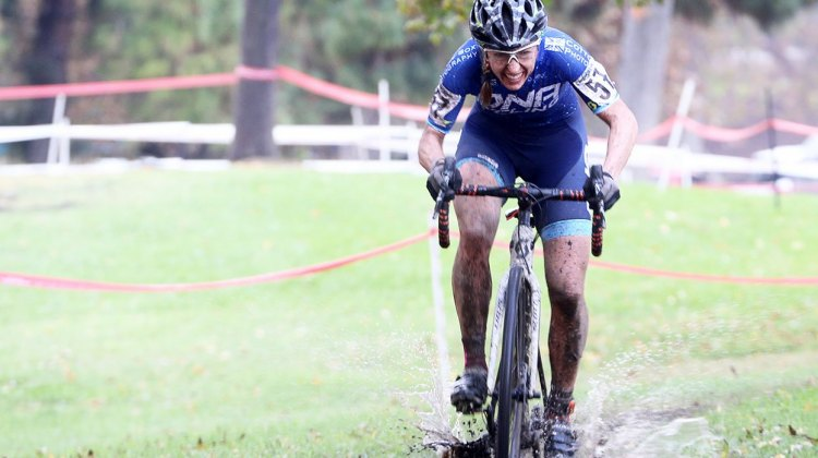 Mindy McCutcheon raced to fifth. 2016 CXLA Day 2. © Cathy Fegan-Kim / Cyclocross Magazine