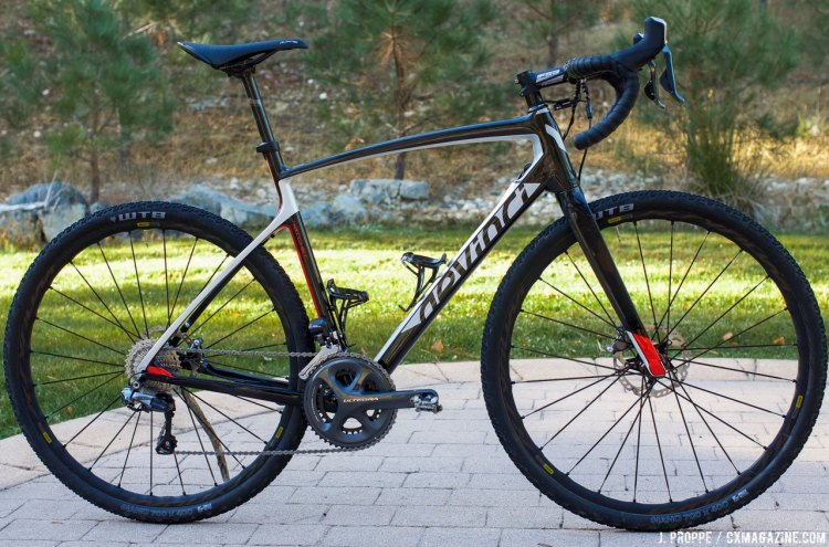 Devinci clearly put a lot of thought into the 2017 Devinci Hatchet Carbon gravel bike, and it shows. The details are refined and impressed our tester. © Cyclocross Magazine