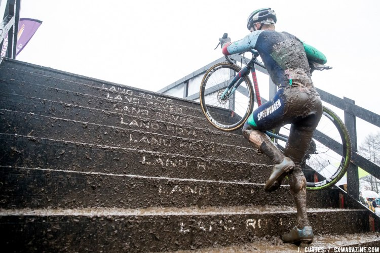 Garry Millburn up the Land Rover stairs - 2016 Rapha Super Cross Nobeyama, Japan. © J. Curtes / Cyclocross Magazine