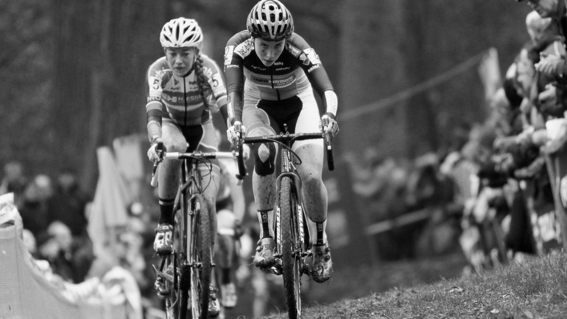 Sophie de Boer and many others tried to hold Sanne Cant's wheel, but nobody was successful in the end. 2016 Superprestige Gavere Elite Women. © B. Hazen / Cyclocross Magazine