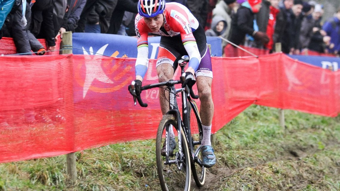 Mathieu van der Poel was best at the tricky, steep off-camber section. 2016 UCI Cyclocross World Cup Namur. Elite Men. © B. Hazen / Cyclocross Magazine